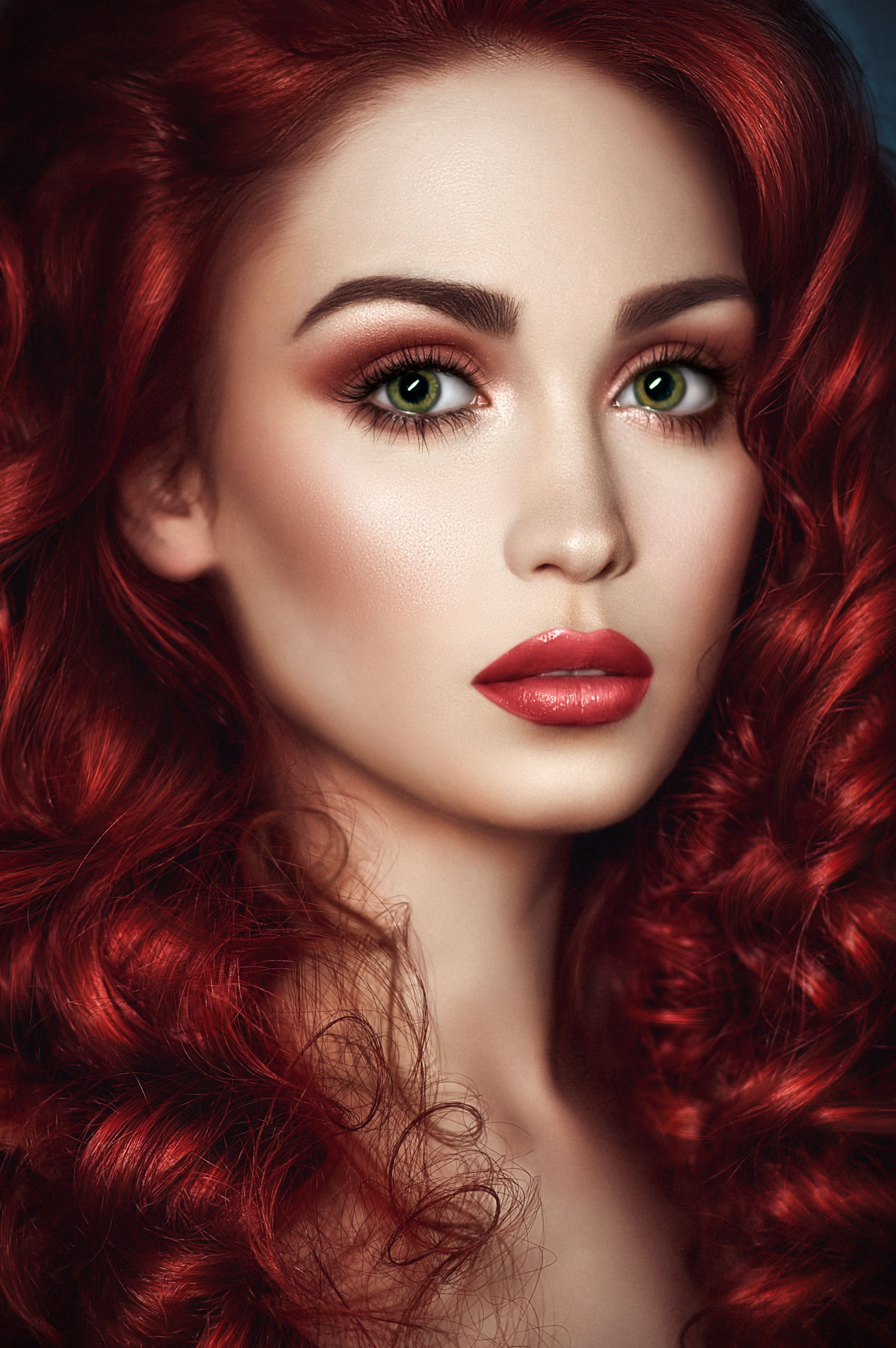 makeup for brown eyes and red hair - cat eye makeup